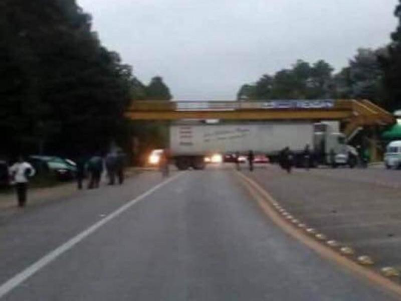 UNTA realiza bloqueos carreteros en Chiapas