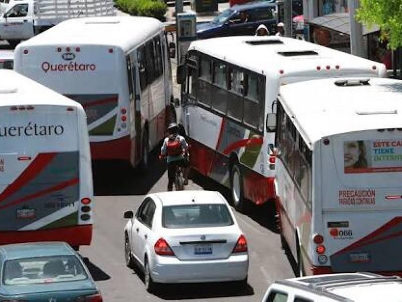 Urge reordenamiento de transporte público en Querétaro