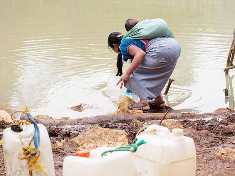 Urgen suministro de agua en comunidades indígenas ante contingencia sanitaria