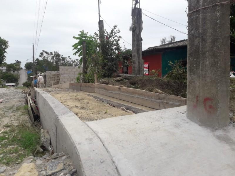 Urgen a concluír obra en Cándido Aguilar