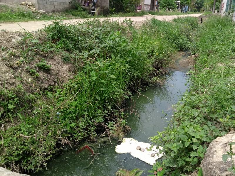 Urgen seguridad, drenaje y pavimentación
