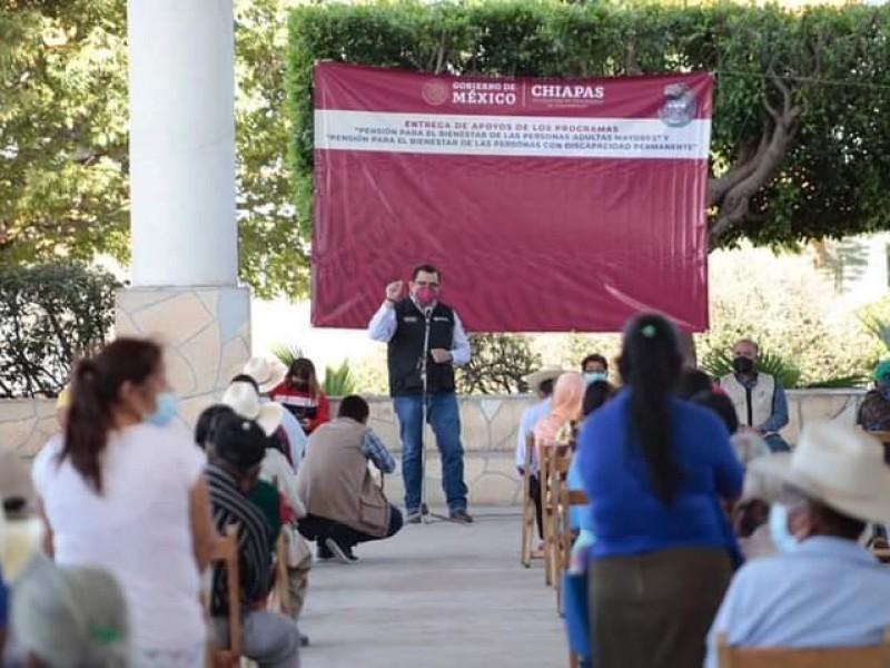 """Utiliza """"súper delegado"""" en Chiapas programas con fines electorales"""