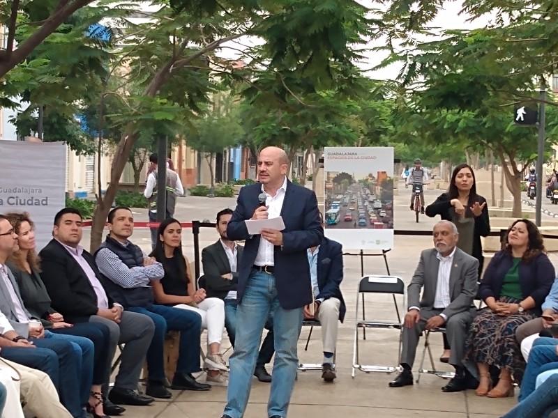 Va Guadalajara por recuperación de espacios públicos