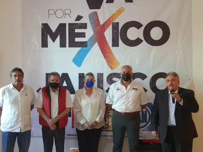 'Va X México' pide renuncia de responsables de seguridad