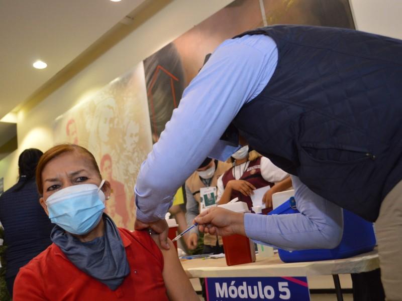 Vacuna AstraZeneca llegaría a más tardar la próxima semana: Salud
