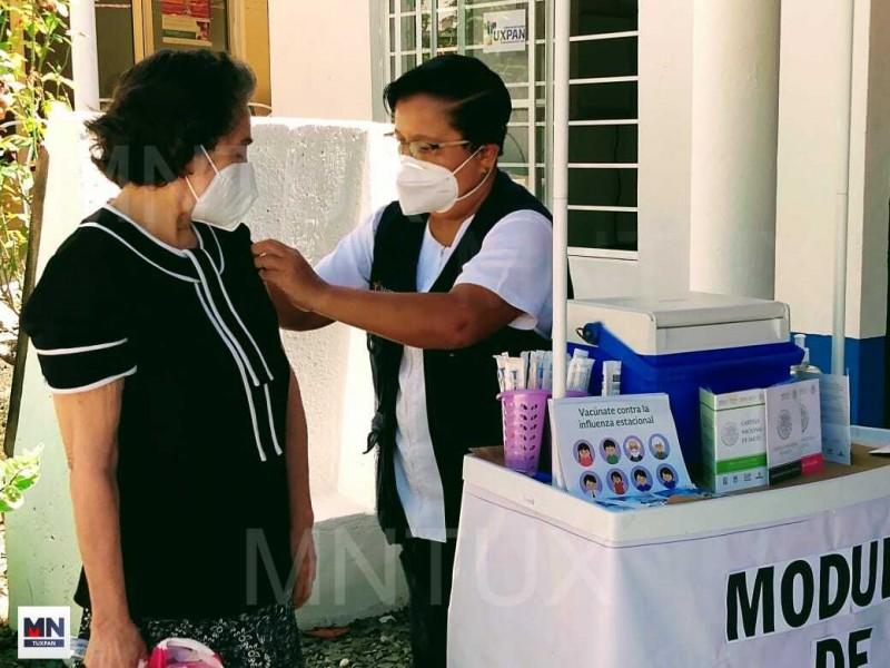 Vacuna contra Influenza es segura: Sector Salud