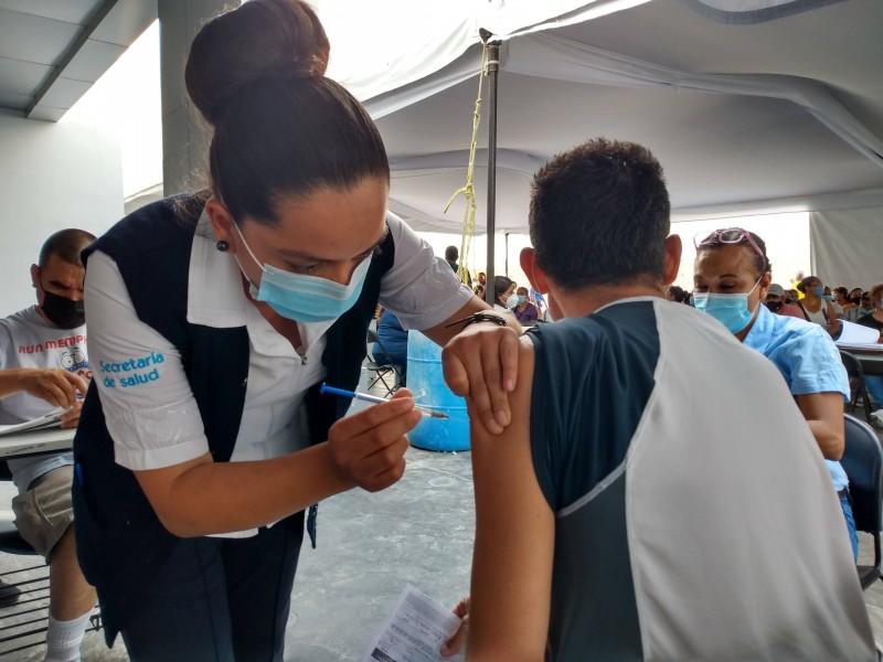 Vacunación anticovid en menores no es una realidad, afirma SSG