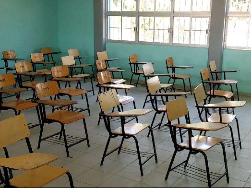 Vacunación de maestros abre posibilidad de un regreso a clases
