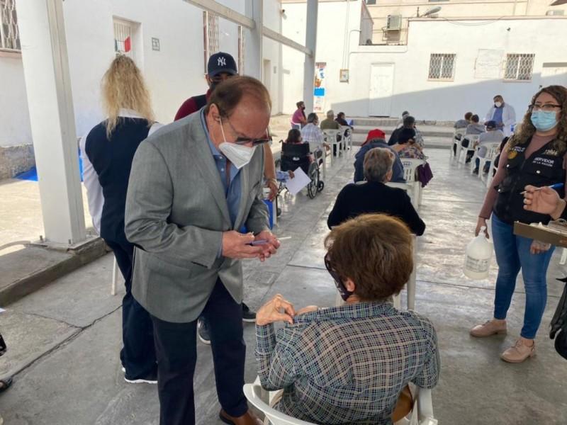 Vacunas debieron llegar a Monclova, opina Gobernador de Coahuila