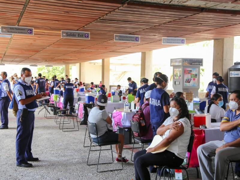 Van más 67 mil maestros vacunados contra COVID19 en Guerrero