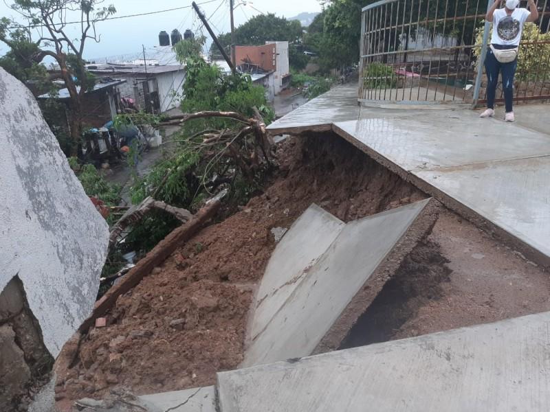 Van más de 950 réplicas del sismo de 7.1