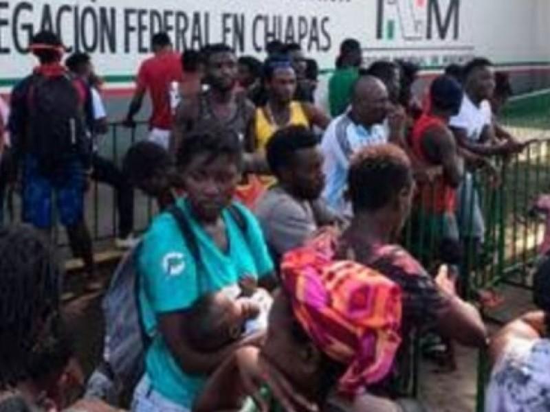 Varados miles de migrantes en la frontera sur