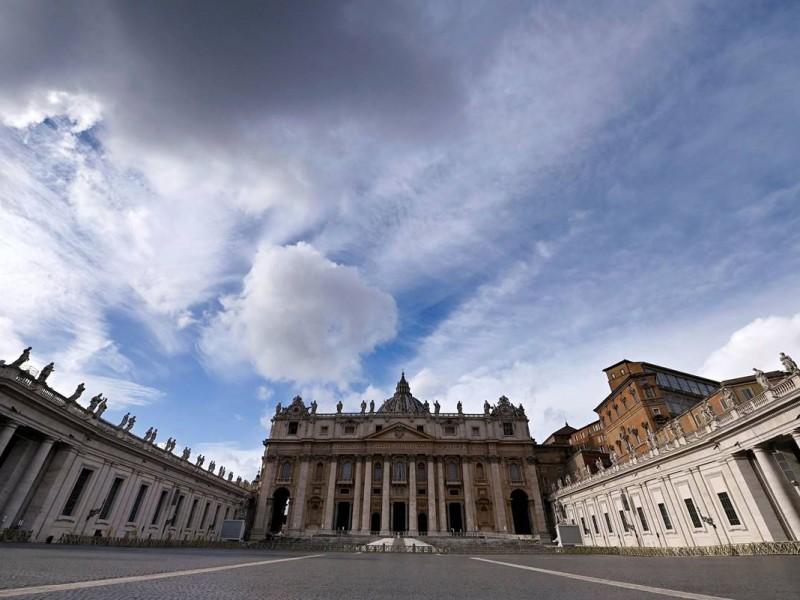 Vaticano despediría a empleados que rechacen aplicación de vacuna Covid-19