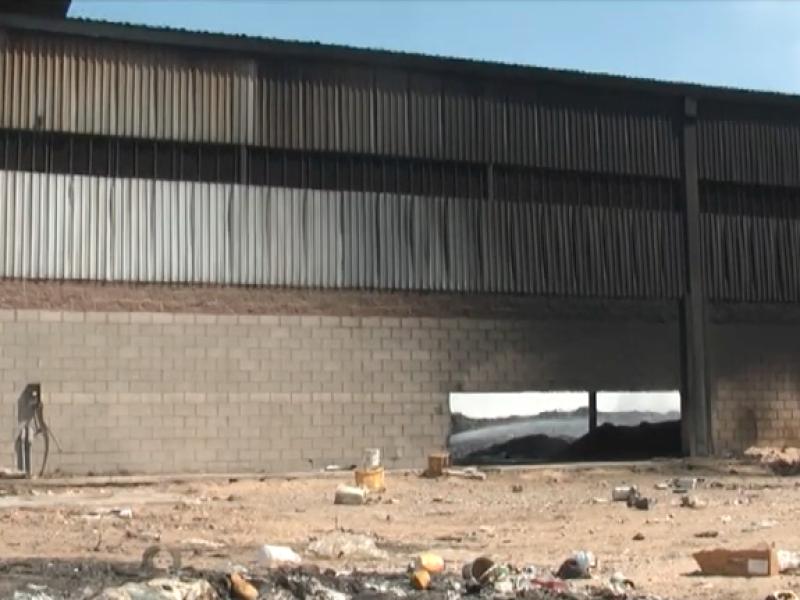 Vecinos afectados por incendio Metplas se quejan de la contaminación