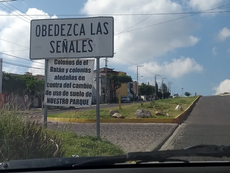 Vecinos de El Batán defienden sus áreas verdes