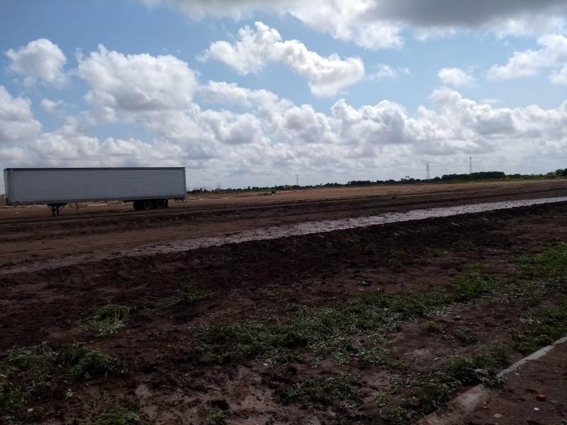 Vecinos de Las Canteras detienen construcción de viviendas