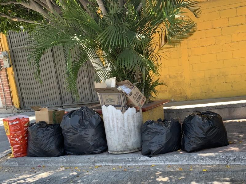 Vecinos denuncian falta de recolección de basura en La Paz