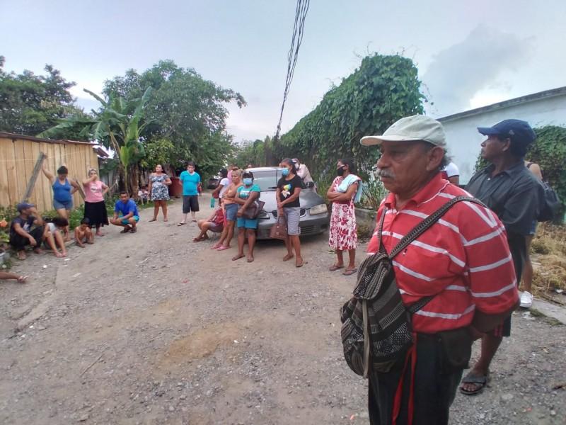 Vecinos en Valle Grande, exigen al ayuntamiento, respetar un plano
