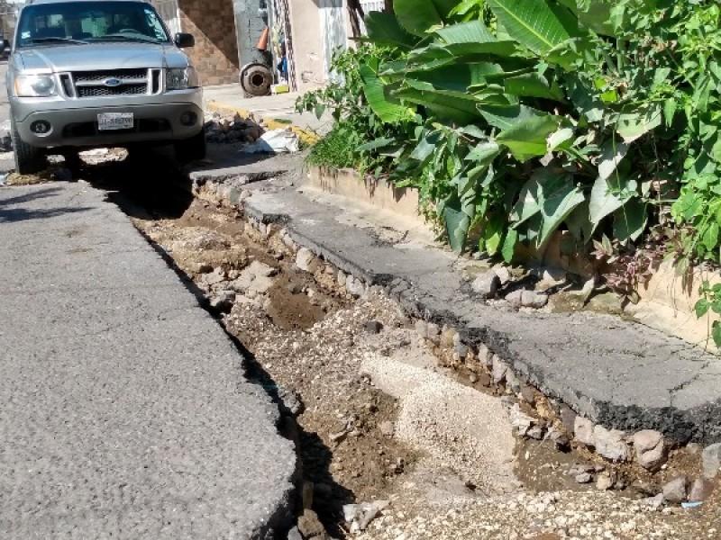 Vecinos exigen a CEA finalizar obra en colonia El Rodeo