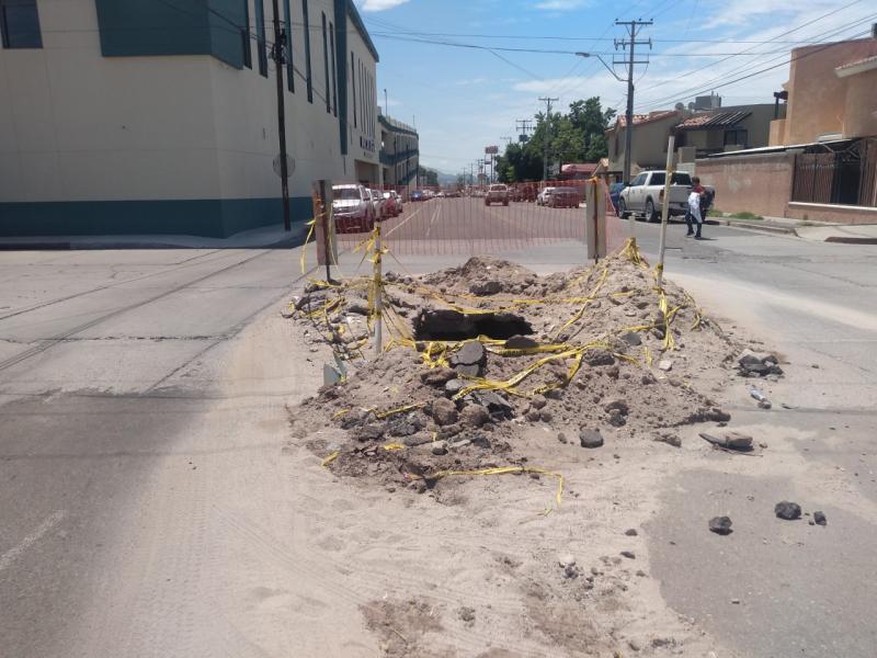 Vecinos piden a AguaHillo que tapen reparación hidráulica subterránea