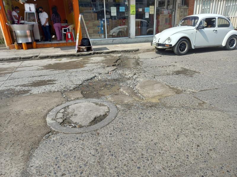 Vecinos vigilarán obra de rehabilitación en calle Cuauhtémoc