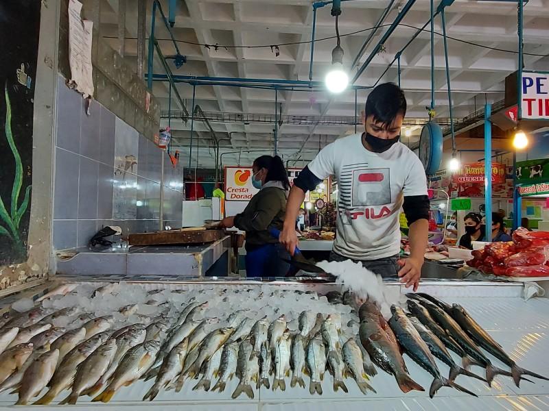 Veda aumenta demanda de lisa en mercado de mariscos nayarita