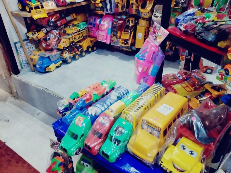 Comerciantes de juguetes esperan ventas hasta la quincena