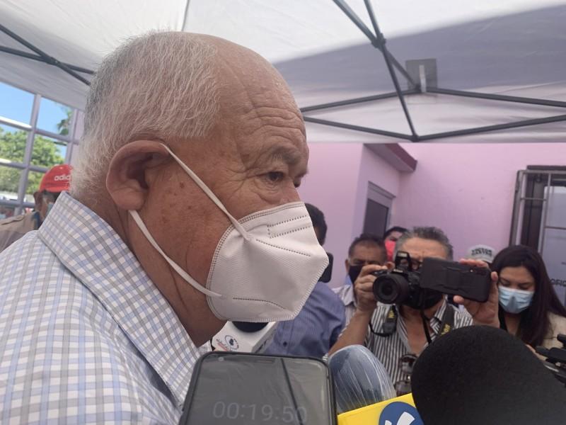 Victor Castro no descarta aporte de conocimientos por ex gobernantes