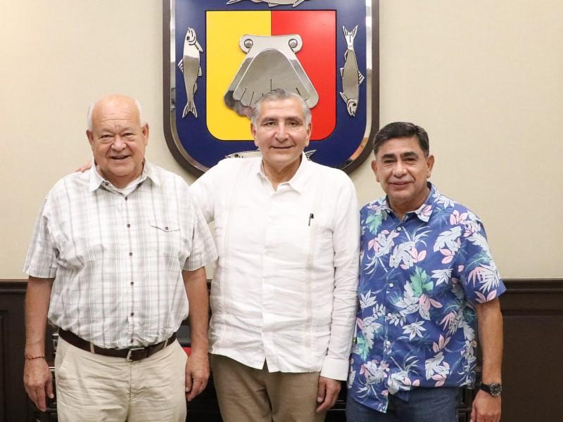 Victor Castro sostiene reunión
