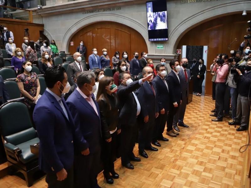 Victorino Barrios Dávalos nuevo Contralor de la UAEM