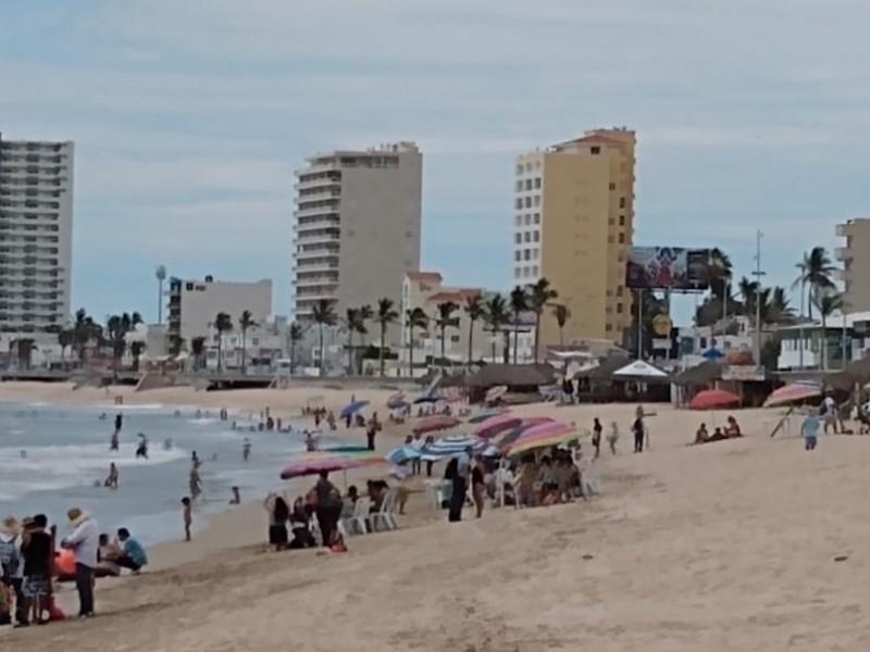 Viernes de playas y turismo en el puerto