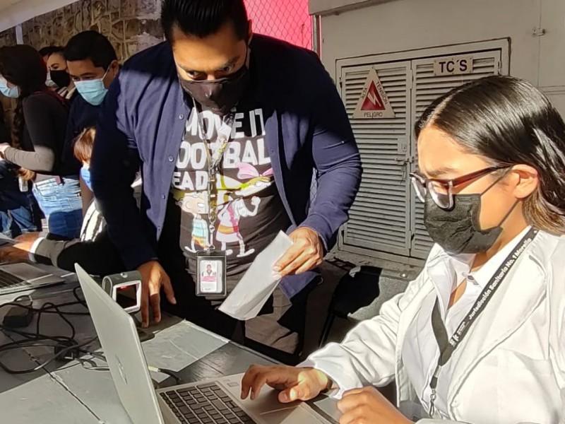 Vigente registro de vacunación para profesores michoacanos