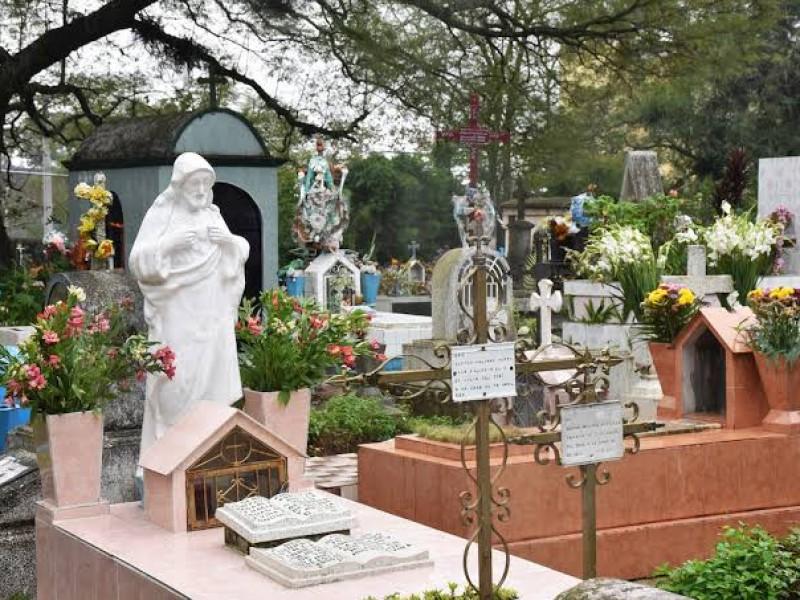 Vigilarán cementerios para evitar aglomeraciones durante Día de Muertos