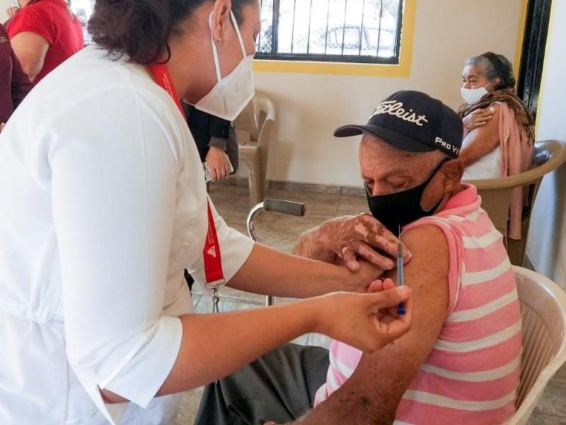 Villa de Álvarez, municipio con menor vacunación anticovid