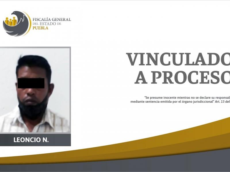Vinculan a proceso a Leoncio N. por violación equiparada