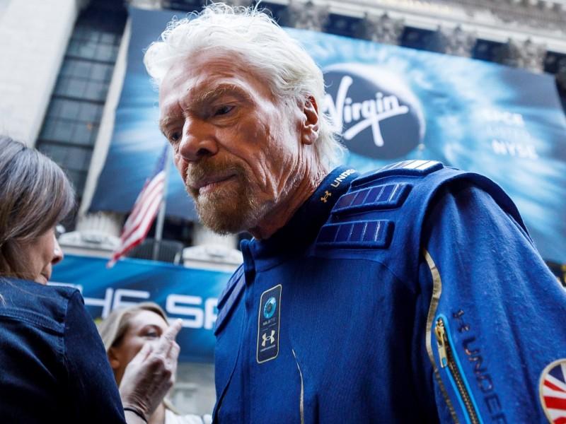 Virgin Galactic realiza su primer vuelo al espacio
