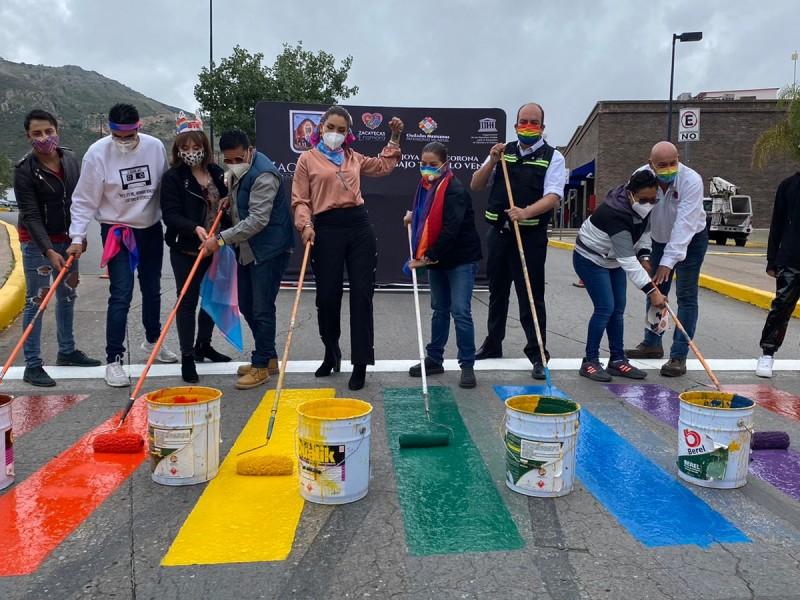 Visibilizan con pintas de cebra a comunidad LGBTTTIQ+ en Zacatecas