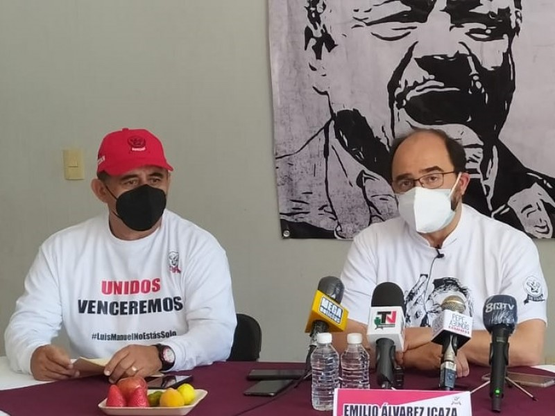 Visita Emilio Álvarez Icaza a dirigente del SETUAN