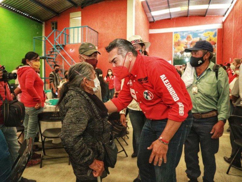 visitó Querétaro el presidente nacional del PRI