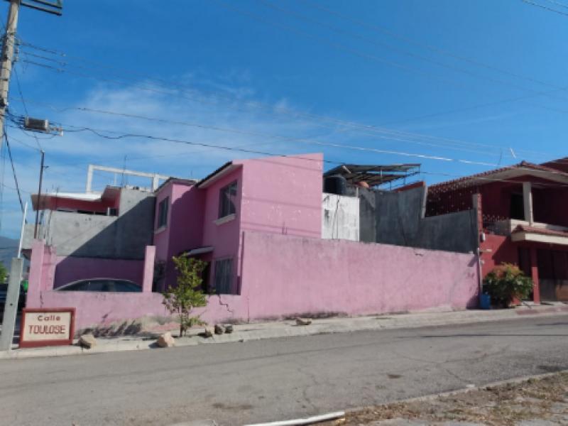 Viviendas afectadas por terremoto siguen pendientes por reconstruir