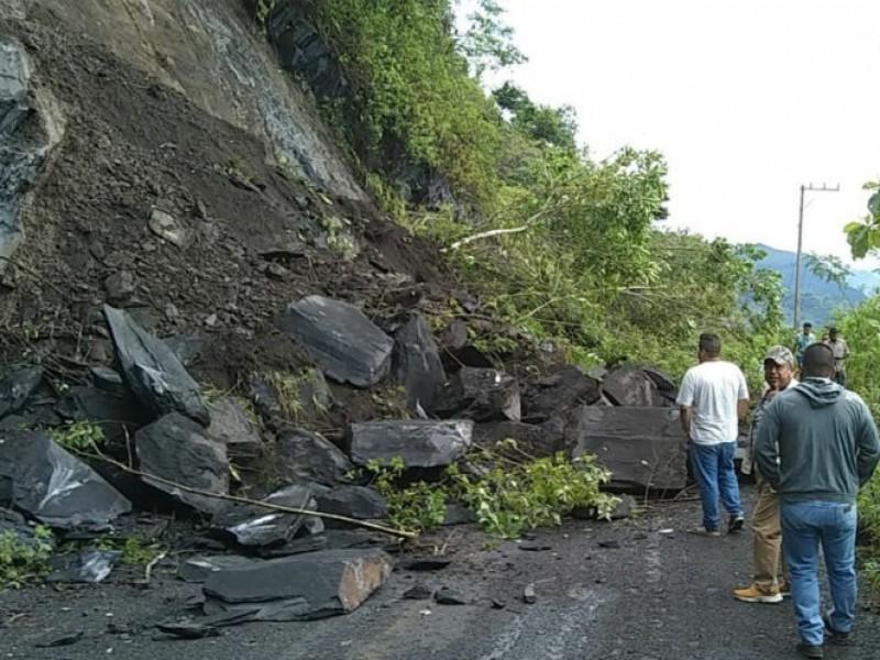 Viviendas de Huaquechula están afectadas por la lluvia