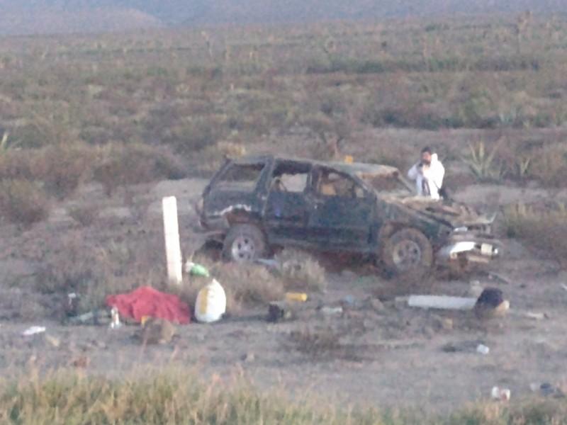 Volcadura en la Torreón-Saltillo deja un muerto y siete heridos