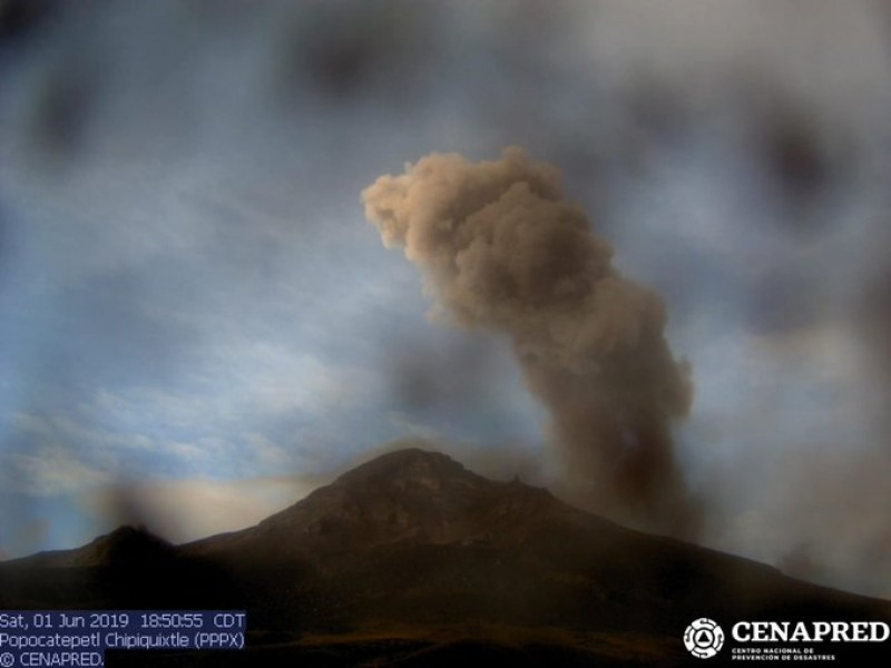 Volcán Popocatépetl aumenta actividad