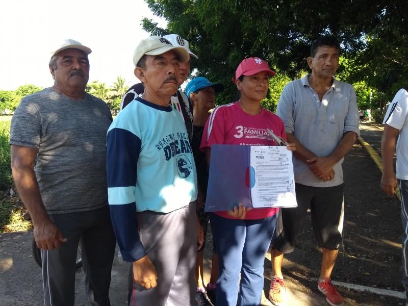 Vecinos reclaman abandono de Laguna Lagartos