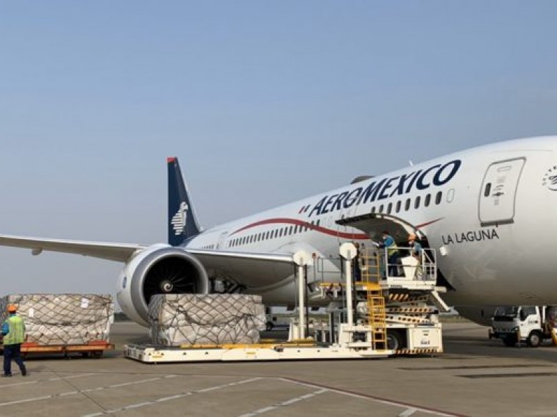 Vuela sexto avión de Shanghái a México con insumos médicos