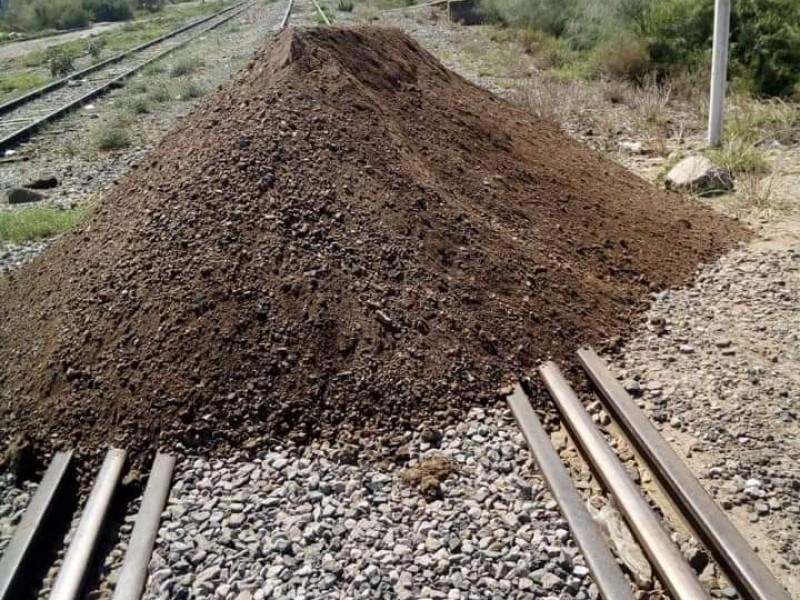 Vuelven a bloquear las vías del ferrocarril, ahora en Vícam