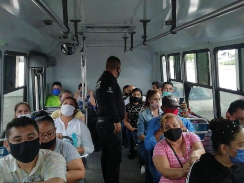 Vuelven a relajar medidas de prevención en transporte público