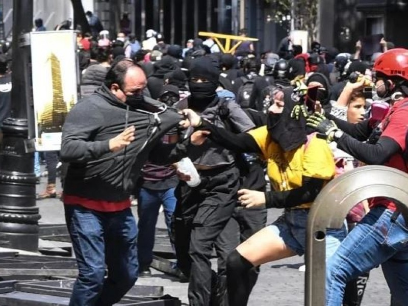 Vuelven las marchas violentas a la Ciudad de México