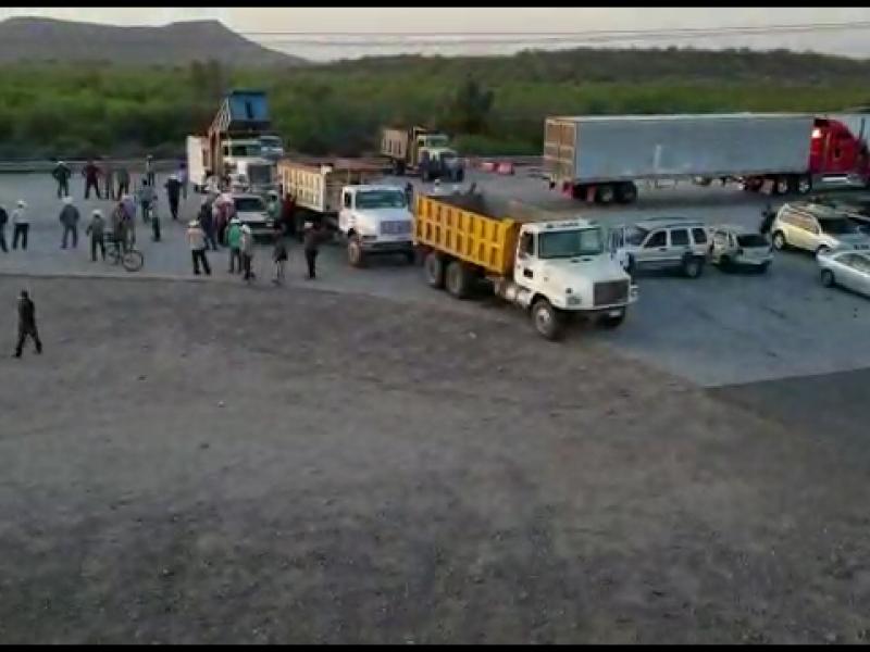 Yaquis levantan bloqueo carretero
