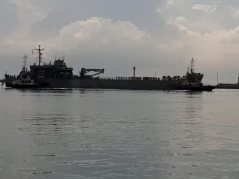 Zarpa primer buque con ayuda humanitaria para Cuba